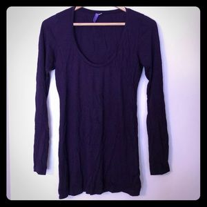 LF/Emma & Same L/S scoopneck purple top, size Med.